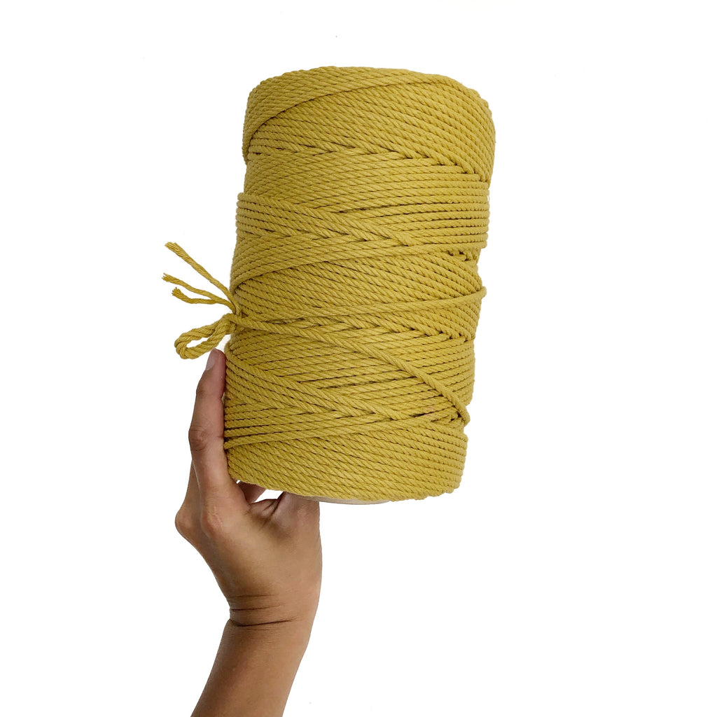 """HONEY"" Coloured Macrame Cord 4mm 1kg"