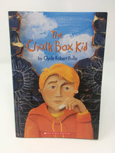 Load image into Gallery viewer, The Chalk Box Kid - Clyde Robert Bulla (Used-Good) - Little Green Schoolhouse Books