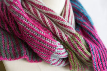 Byberry Scarf (F92)