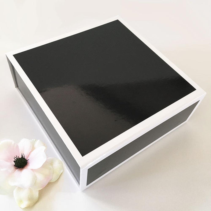 Blank Black & White Gift Boxes