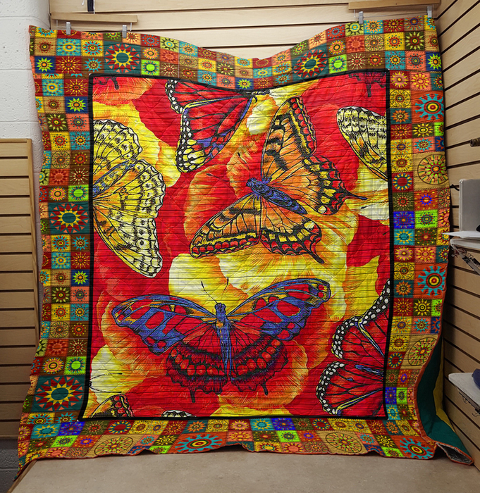 Butterfly- Premium Blanket (NQC93)