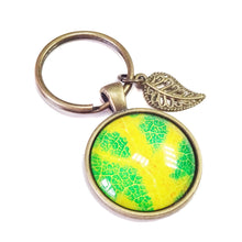 Load image into Gallery viewer, Bright Green & Yellow Leaf Glass Cameo & Antique Brass Keyring / Fob