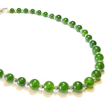Load image into Gallery viewer, Green Taiwan Jade Semi-Precious Gemstone Graduated Necklace - 21.5 inches
