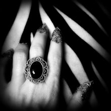 Load image into Gallery viewer, Black Onyx & Antique Silver-Tone Filigree Ring