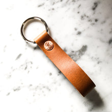 Load image into Gallery viewer, The Minimalist Leather Keychain