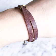 Load image into Gallery viewer, Marion Leather Twist Bracelet