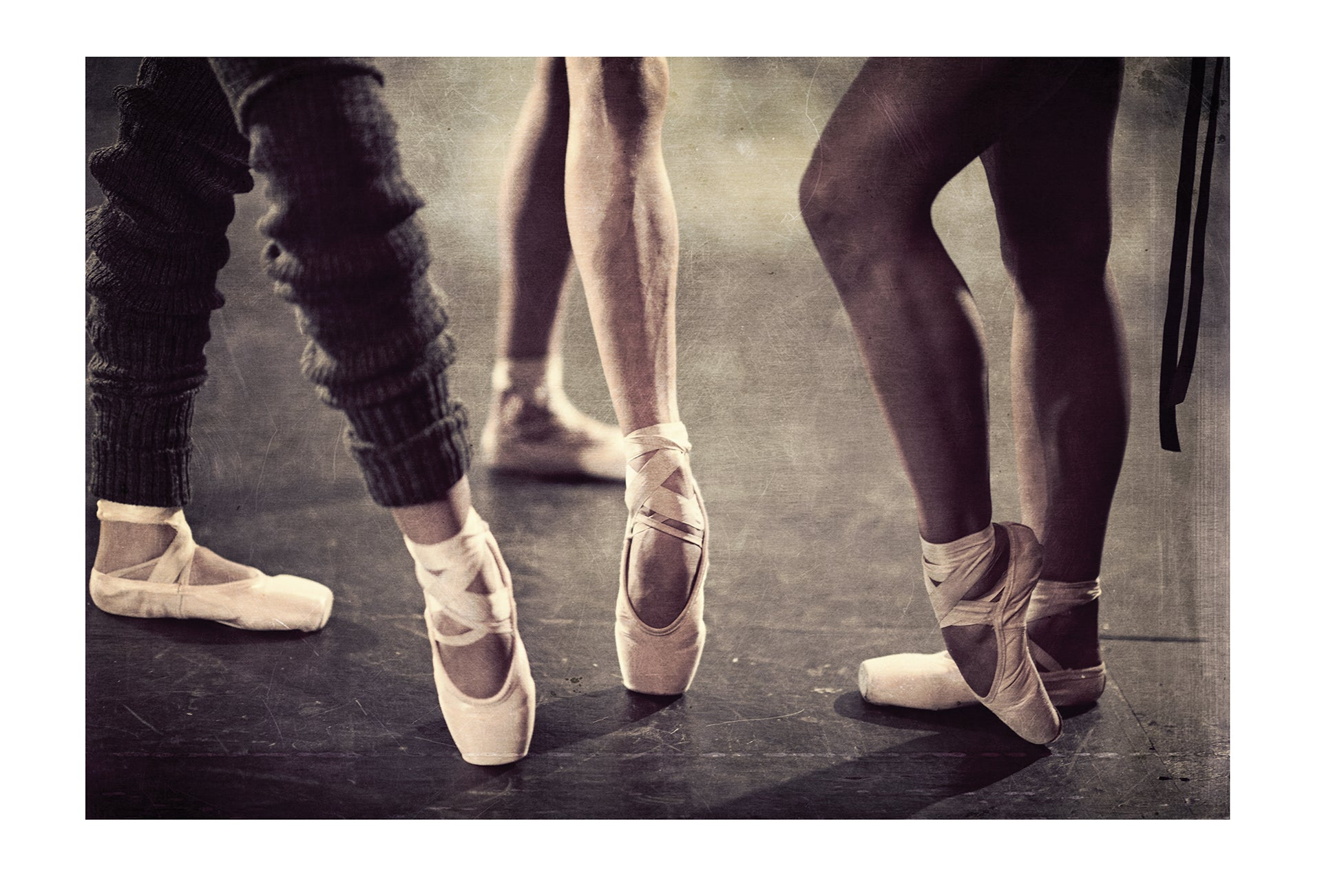 Jacques Weyers - Black Swan 05 - Group of ballet dancer's legs