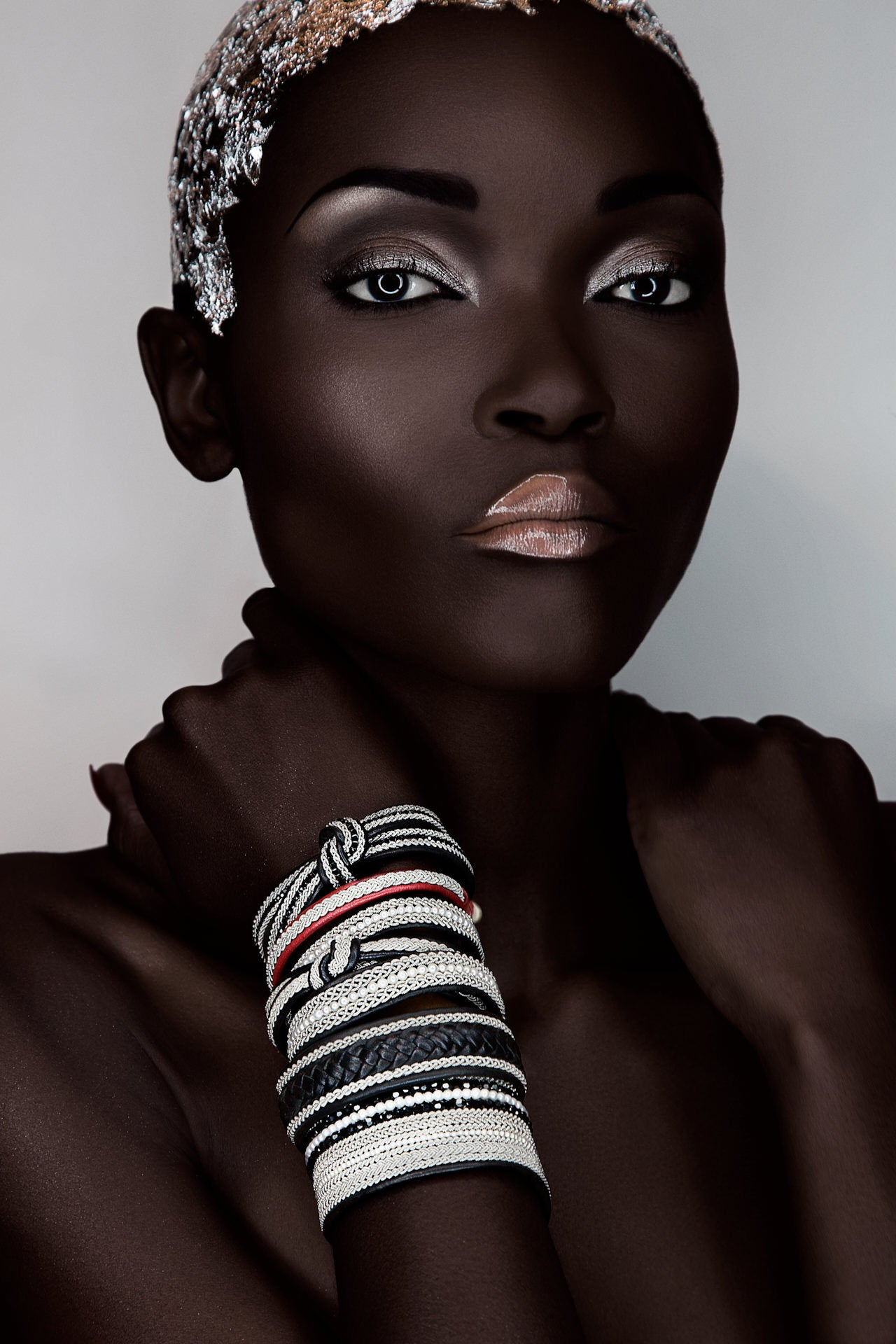 Paulo Toureiro - African Beauty 01 - Image of a beautiful African woman