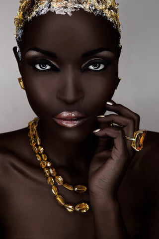 Paulo Toureiro - African Beauty 05 - Portrait of a beautiful black woman