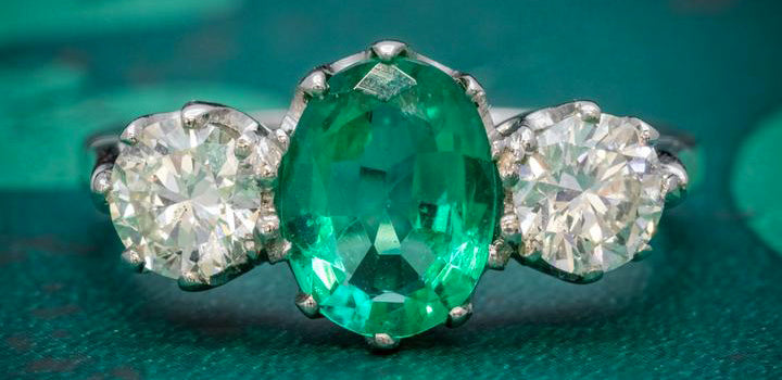 Emerald Diamond Trilogy Ring Platinum 2.50Ct Natural Emerald