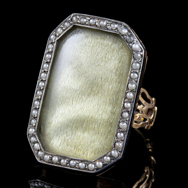 ANTIQUE GEORGIAN SILK PEARL MOURNING RING 18CT GOLD CIRCA 1750