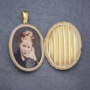 ANTIQUE VICTORIAN 18CT GOLD LOCKET HAND PAINTED PHOTOGRAPH CIRCA 1880