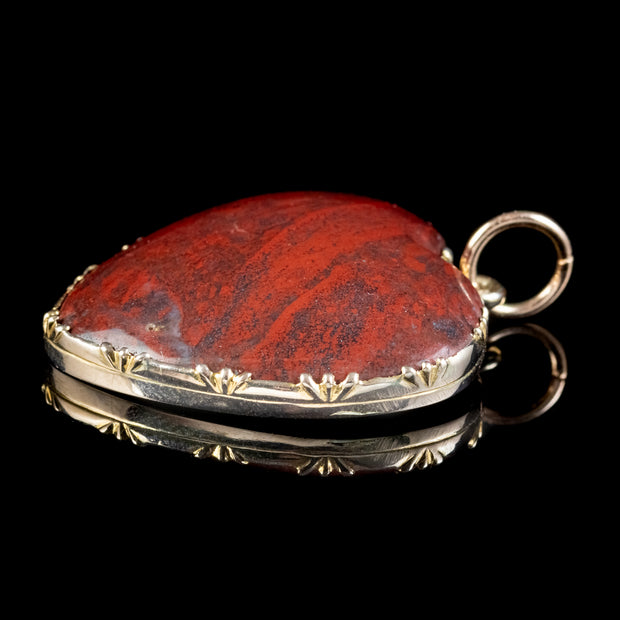 Antique Victorian Agate Heart Pendant 18ct Gold Circa 1890