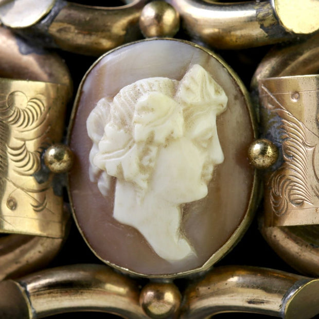 ANTIQUE VICTORIAN 18CT GOLD GILT CAMEO BROOCH CIRCA 1860