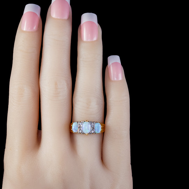 OPAL TRILOGY RING 18CT GOLD SILVER