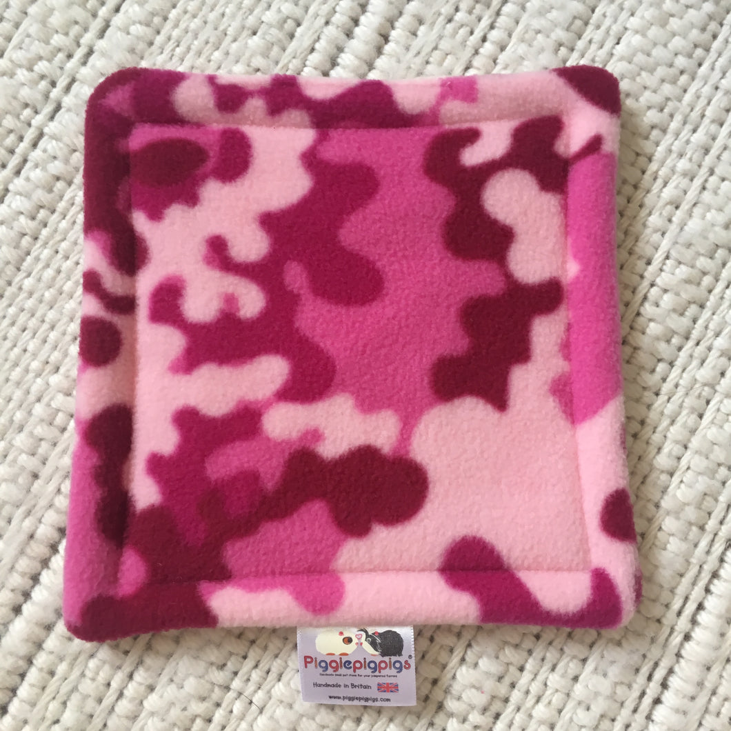 Bottle Pad - Pink Camo with Light Pink Fleece