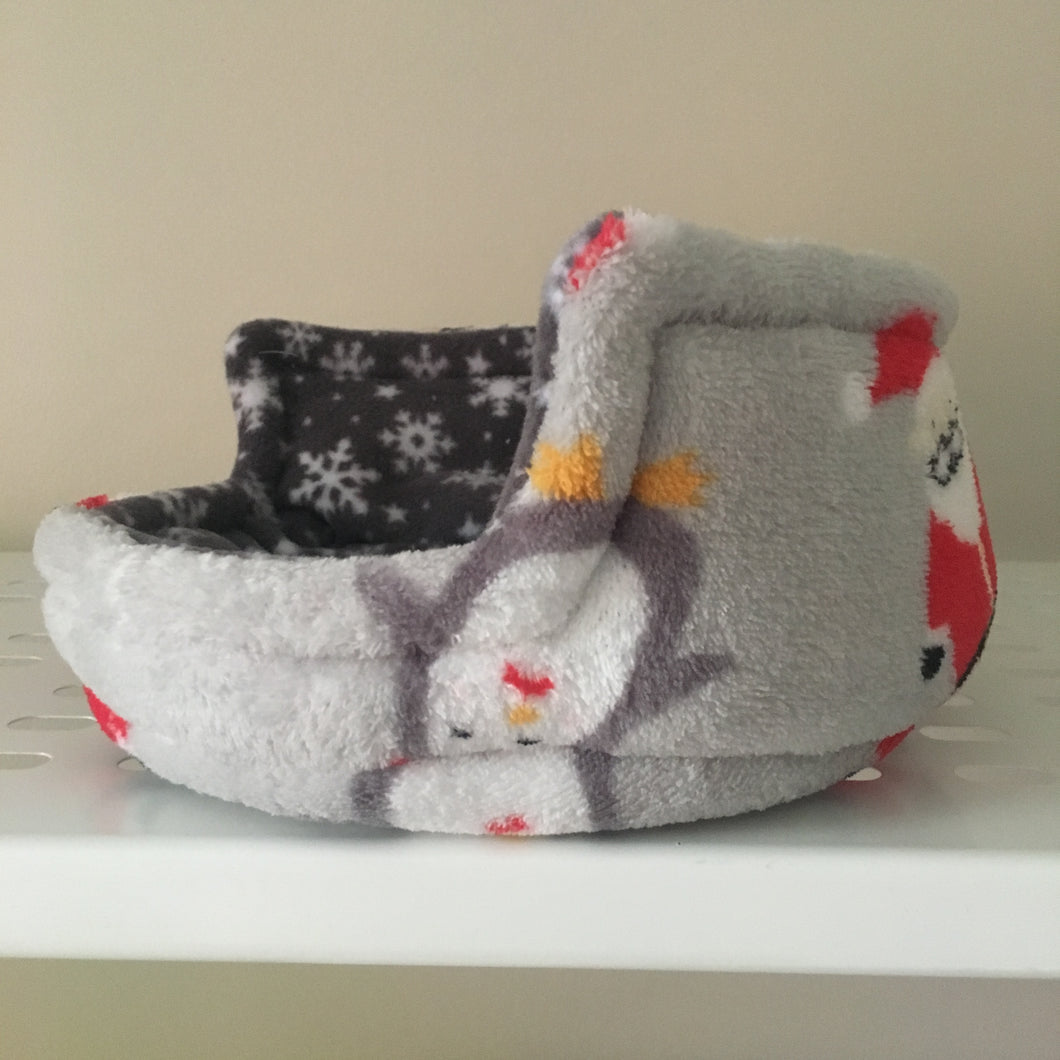 Piggie Snug SMALL - Santas and Penguins with Grey Snowflake Fleece