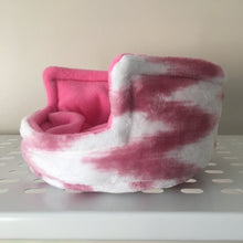 Load image into Gallery viewer, Piggie Snug SMALL - Pink Zig Zag with Bubblegum Fleece