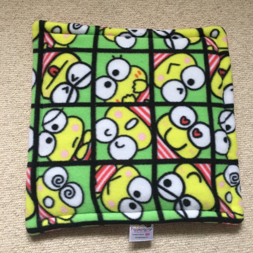 Lap Pad - Frogs with Red Fleece