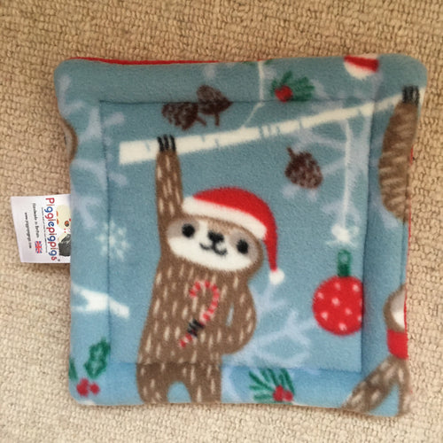 Christmas 2019 Bottle Pad - Sloths with Red Fleece