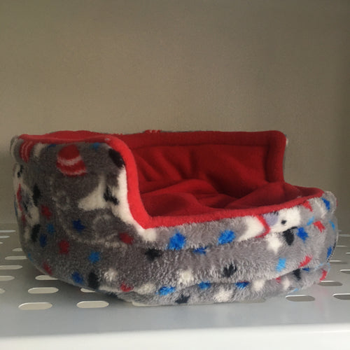 Piggie Snug MEDIUM - Dogs with Red Fleece