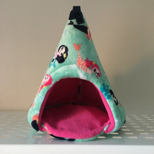 Pigwam - Mermaids with hot Pink Fleece