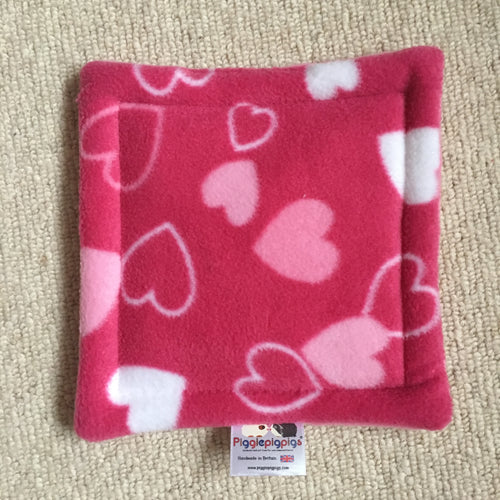 Valentines 2019 Bottle Pad - Hearts with Bubblegum Pink Fleece