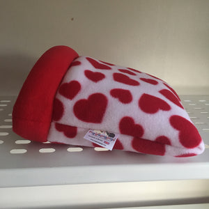 Valentines 2020 Piggie Dig SMALL - Hearts with Red Fleece