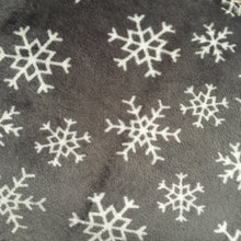 Load image into Gallery viewer, JUMBO Lap Pad - Snowflakes with Cream Fleece