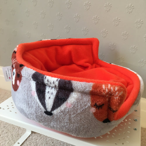 Piggie Snug MEDIUM - Animals with Orange Fleece