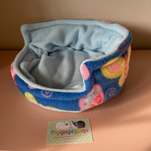Piggie Snug MEDIUM - Butterfly with Light Blue Fleece