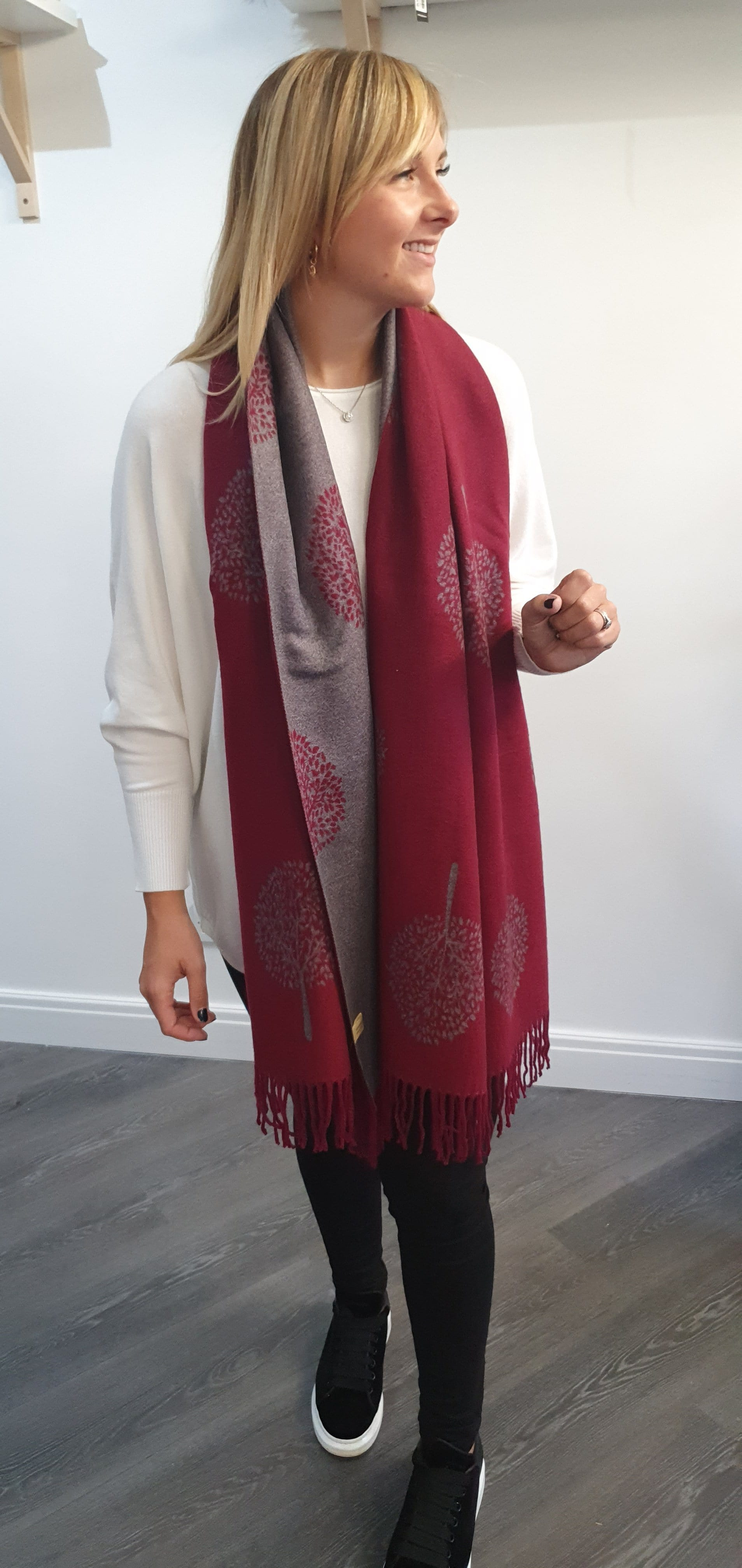 The Mulberry tree scarf