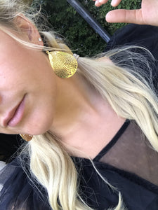 Gold statement lace earring