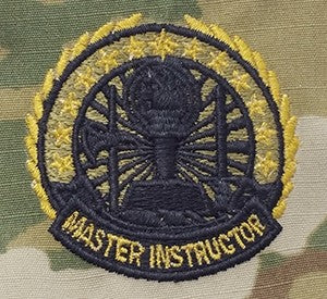 US Army Instructor Badge Master OCP Sew-on Badge - Sta-Brite Insignia INC.