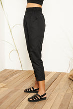 Aira High-waisted Pants - Black