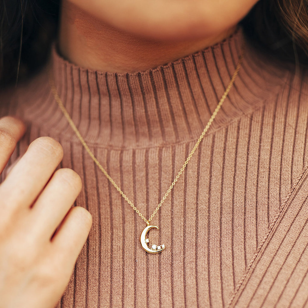 Necklace - Selene Crescent Moon Necklace