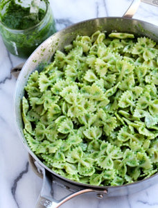 Pesto Pasta Salad (vegetarian)