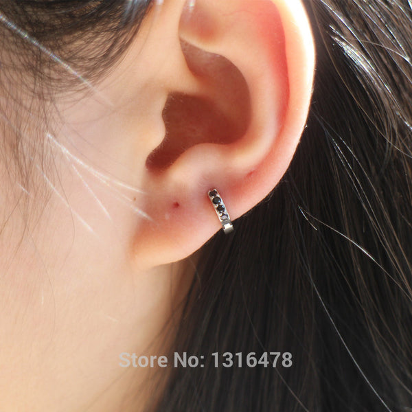 New Silver earrings 925 sterling silver ear bones of small ear bone ear row buckle White Black inner diameter 5.5mm