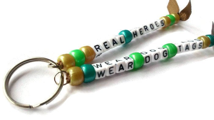 Real heroes wear dog tags keyring
