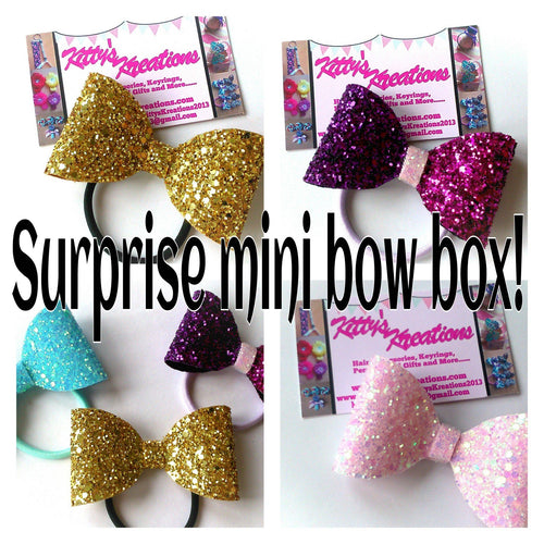 Surprise mini bow box