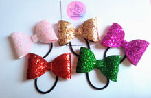 Load image into Gallery viewer, Mini Glitter Bows, various colours