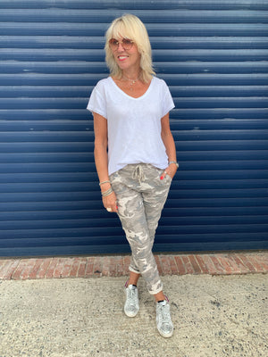 Camouflage Joggers in Stone