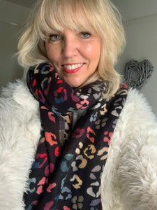 Soft and Cosy Animal Print Scarf