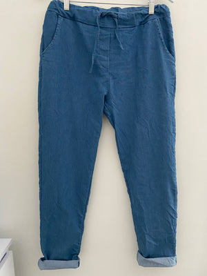 Magic Stretch Joggers in Light Denim