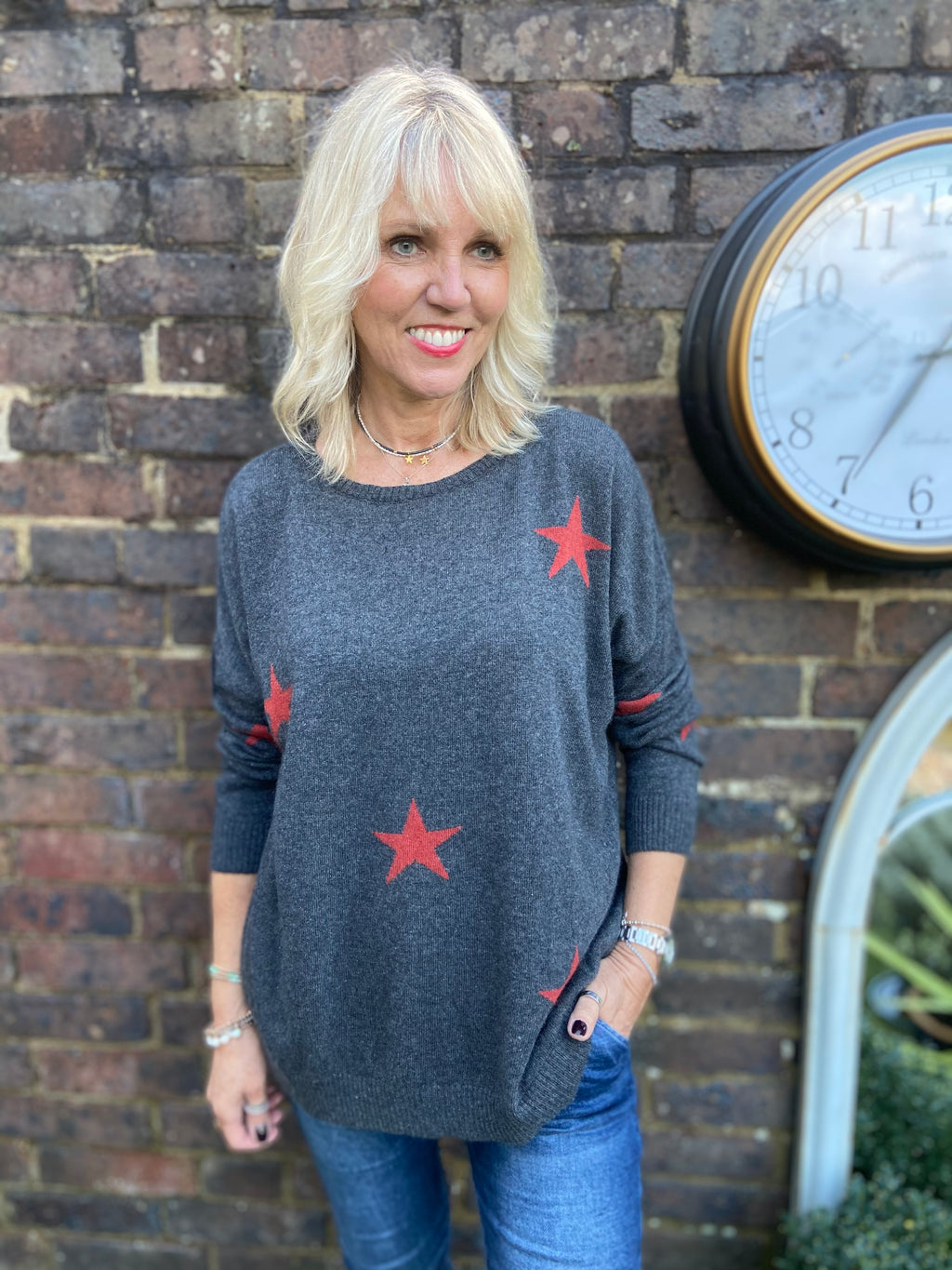 Merino/Cashmere Jumper with Red Stars