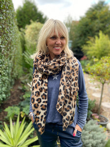 Super Soft and Warm Leopard Scarf