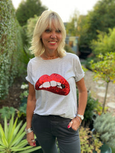 Sequin Lips Tee