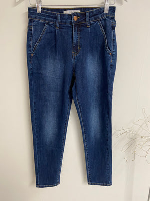 Stretch Girlfriend Jeans