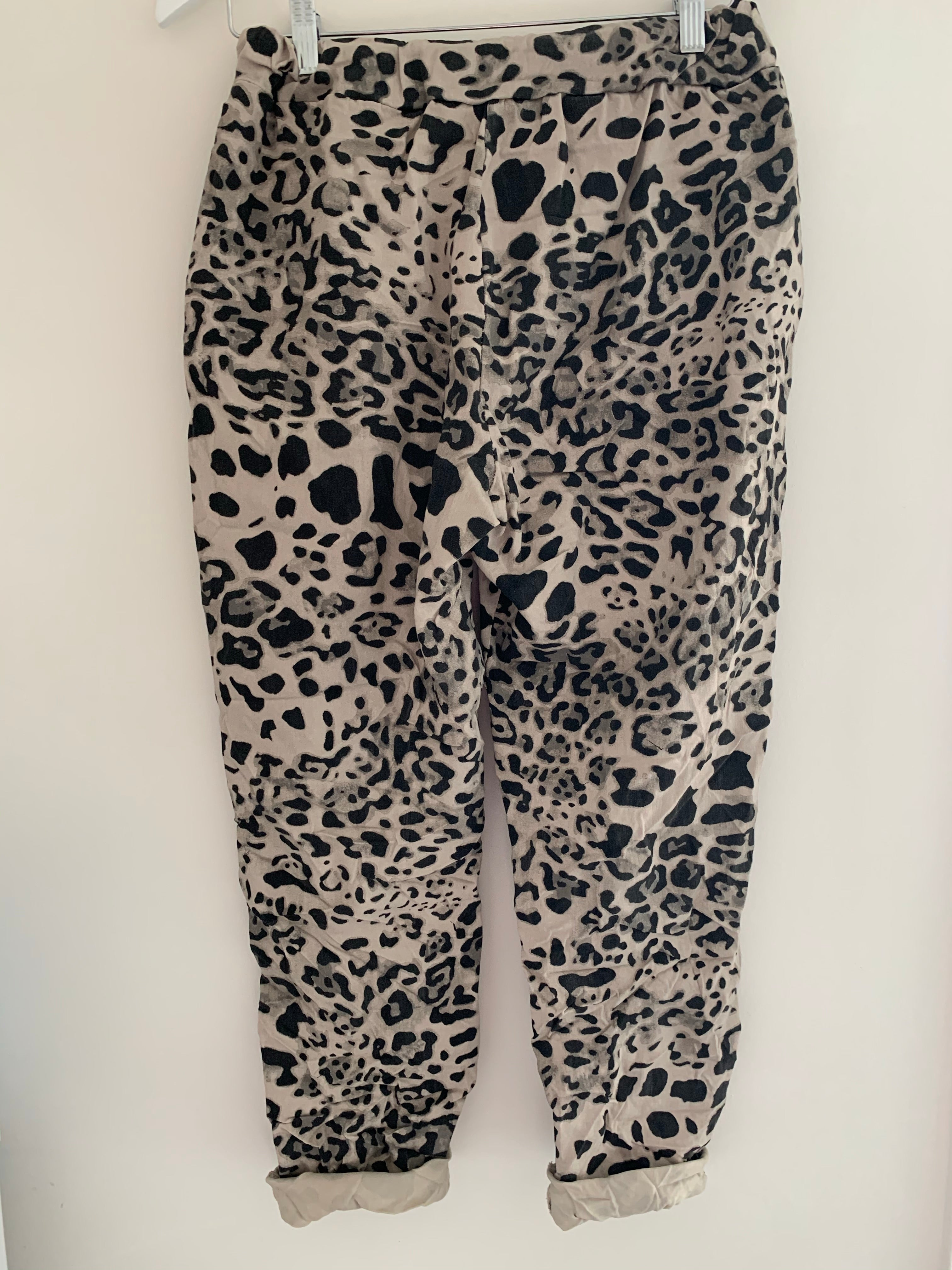 Leopard Joggers in Stone