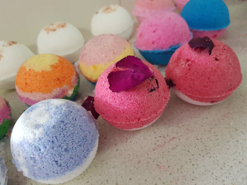 Bath Bombs - Essential Oils - Homely Scents